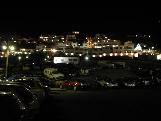 Villa Konstantin: Mykonos Town at night