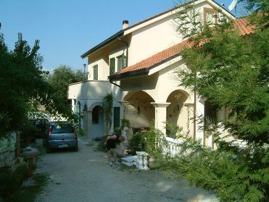 Azienda Agrituristica Il Quadrifoglio : The house