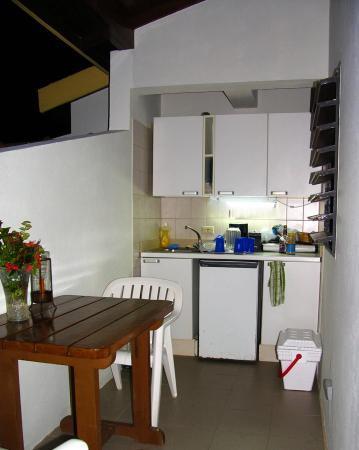 Mango Bay Resort : Our Garden Suite Kitchen