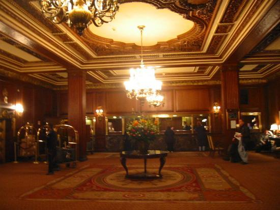 Omni Parker House: Lobby & Check-In