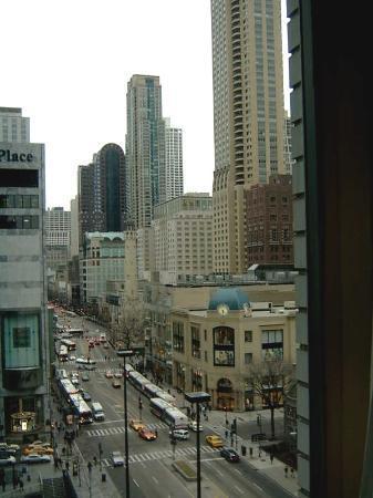 John hancock center picture of the westin michigan for Avenue hotel chicago