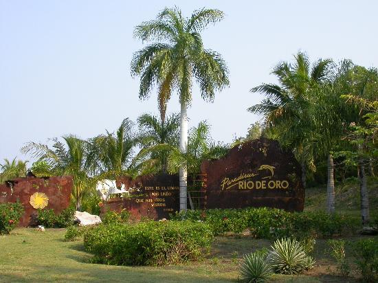 Paradisus Rio de Oro Resort & Spa Photo