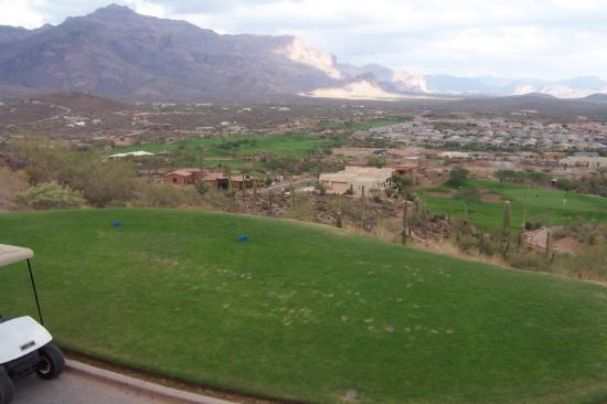 Gold Canyon, AZ: Dinosaur Mountain Par 3 with a View