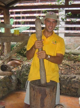 Grand Bahía Principe San Juan: Jose doing something i forget i was just enjoy the view hahahha