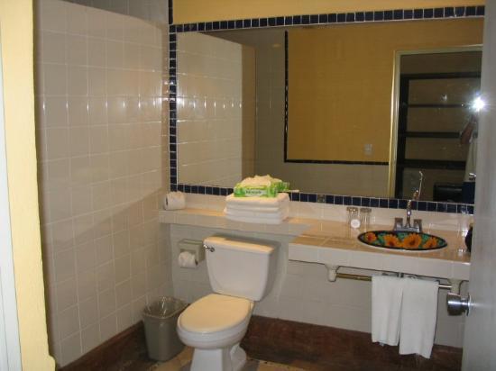 Sandos Caracol Eco Resort : Bathroom.