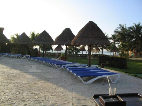 Sandos Caracol Eco Resort : Oceanview early morning.