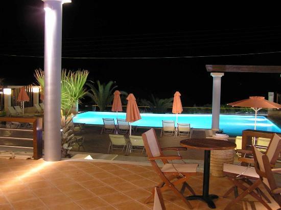 Anassa Hotel: Night View