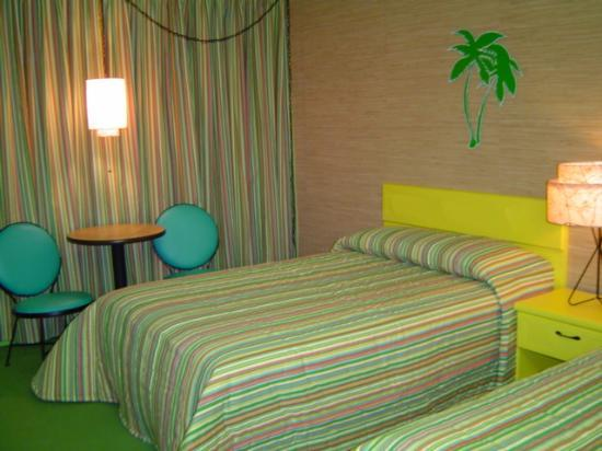 ‪‪Caribbean Motel‬: New Doo Wop Rooms at the Caribbean Motel!‬