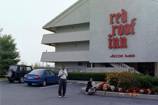 Red Roof Inn Wilkes Barre Arena: The exterior was pretty
