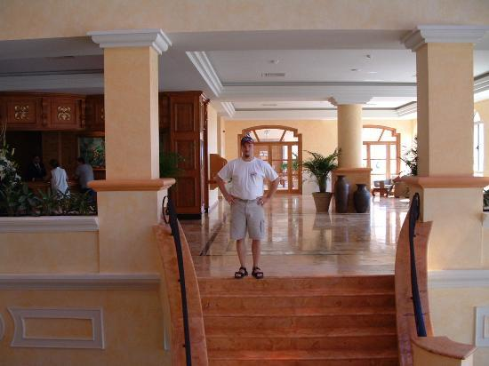 Excellence Riviera Cancun: the lobby