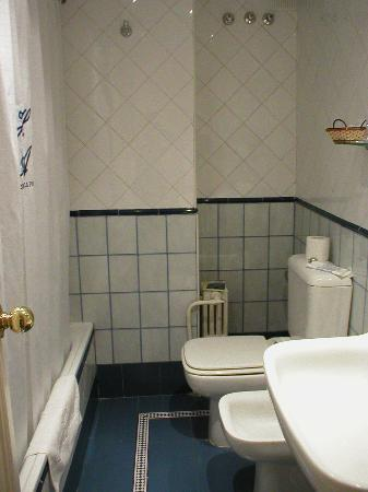 Hotel Anacapri: Bathroom