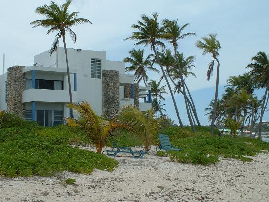 The Palms at Pelican Cove: Building 1
