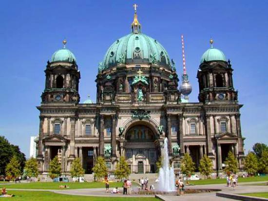 柏林張圖片