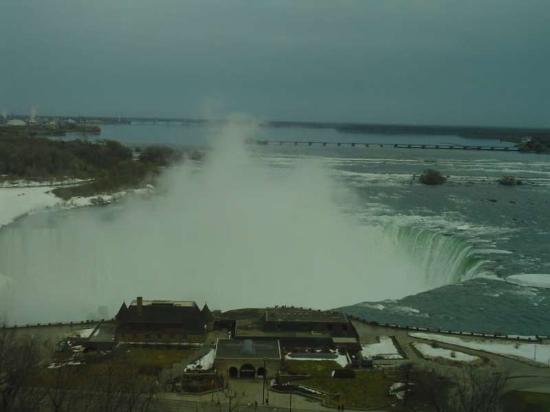 Embassy Suites by Hilton Niagara Falls Fallsview Hotel : View from room 1504