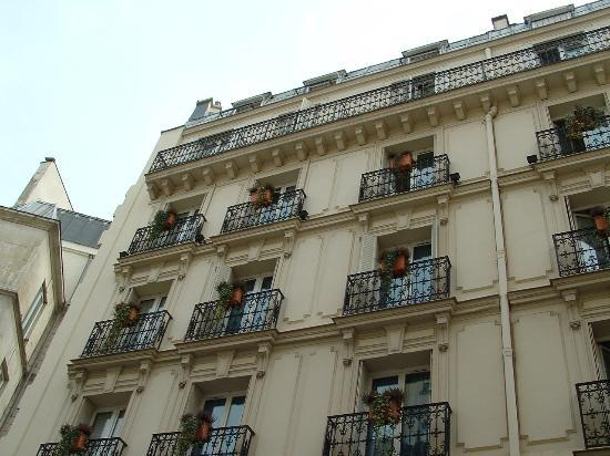 Outside of Grand Hotel des Balcons