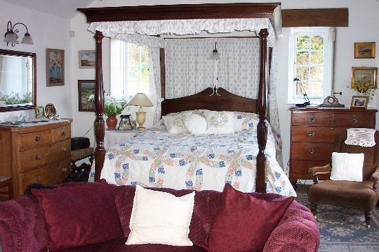 Cove Cottage: Bedroom
