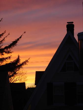 Ampersand Guesthouse: sunset from the deck