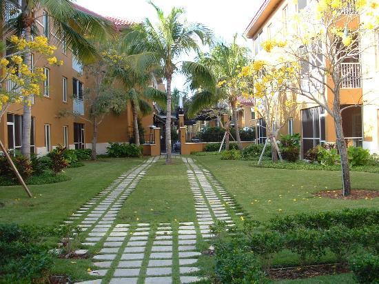 Bellasera Resort: Bellasera's Courtyard