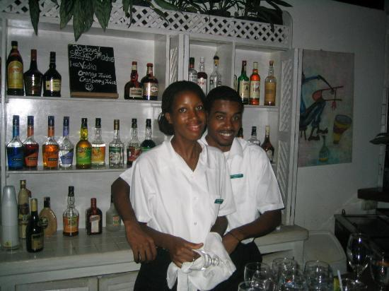 East Winds : Friendly Bar Staff