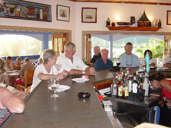 Bel Air Plantation Resort: A Very Busy Afternoon at Waters Edge Restaurant & Bar