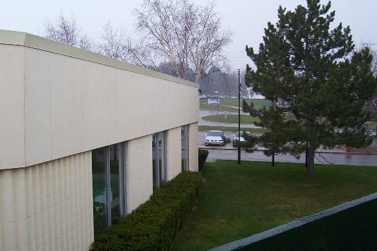 Days Inn Owen Sound : View to the Right