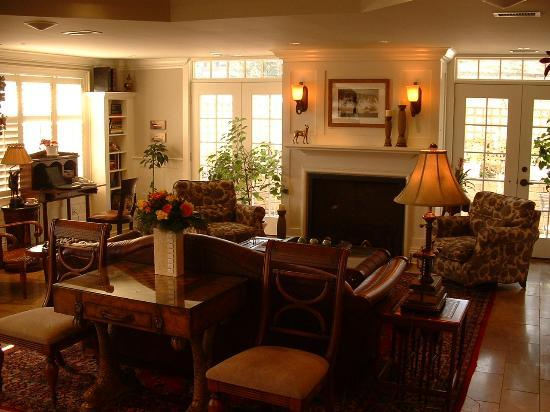 Harbour House Hotel: Lobby