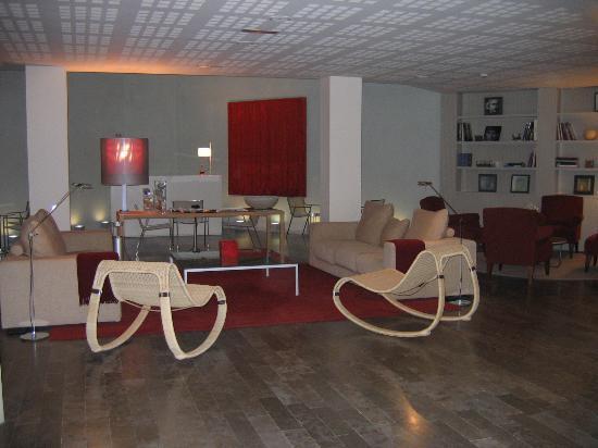 Sercotel Amister Art Hotel: Lounge/Lobby of Hotel
