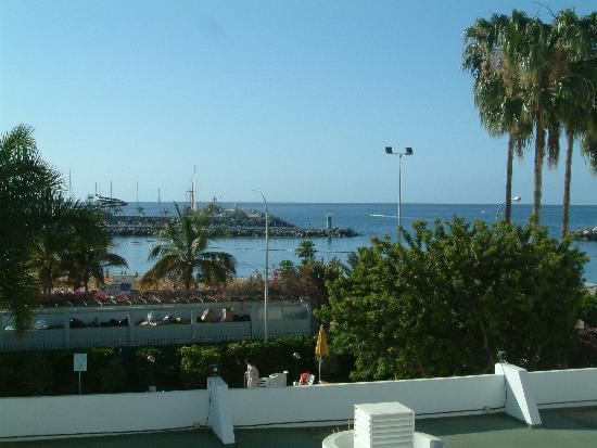El Greco Apartments : Looking out from the balcony