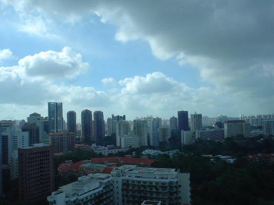 Shangri-La Hotel, Singapore: View from our bedroom window