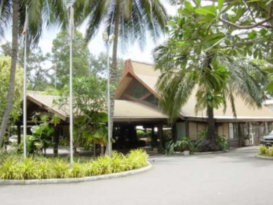 Solomon Kitano Mendana Hotel: Entrane to hotel