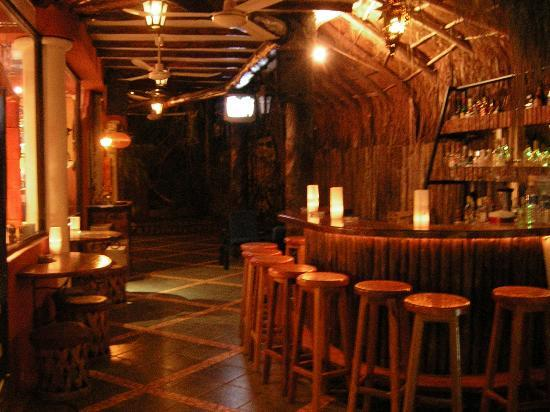 Casa Freud: hotel's bar  (its so cozy!)
