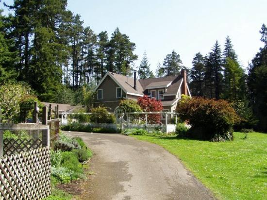 Mendocino Farmhouse