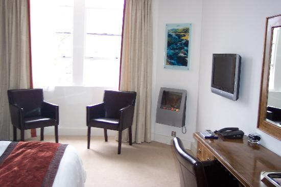 Waterhead Hotel: hotel room