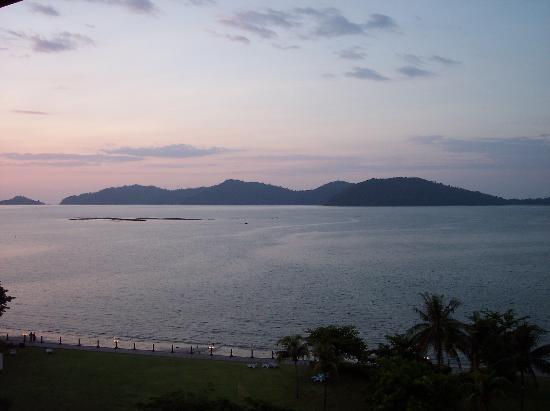 Shangri-La's Tanjung Aru Resort & Spa: The local islands