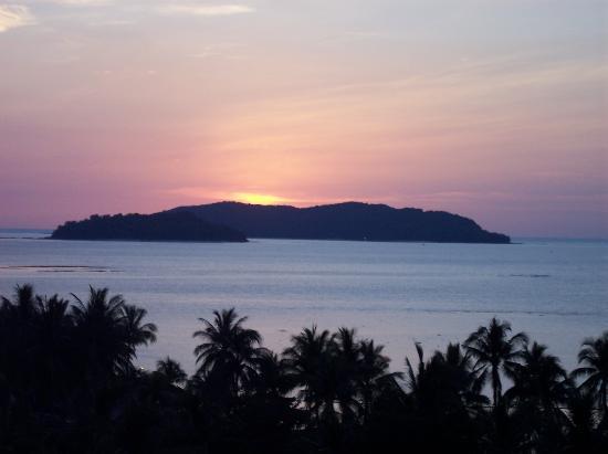 Shangri-La's Tanjung Aru Resort & Spa: Picture postcard sunset