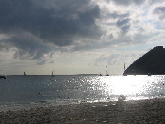 Sandals Grande St. Lucian Spa & Beach Resort: beach at sunset