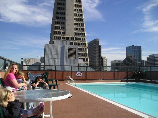 The Pool On The Roof Picture Of Hilton San Francisco Financial District San Francisco