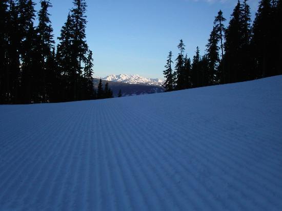Mountainside Lodge Photo