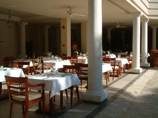 The Residence Mauritius: time for lunch