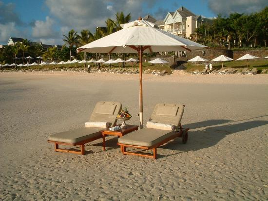 The Residence Mauritius: on the beach