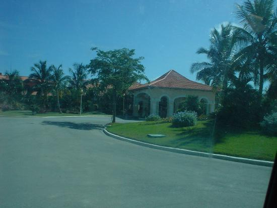 Iberostar Hacienda Dominicus: Entrance of the Resort