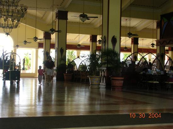 ClubHotel Riu Negril: Lobby Area