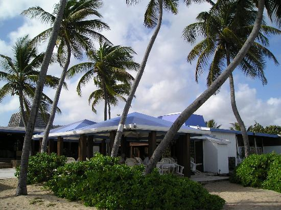 The Palms at Pelican Cove: bar area