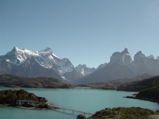 Puerto Natales, ชิลี: Lake Pehoe and the Cuernos
