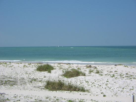 Florida: Deserted beach