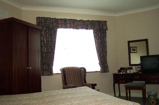 Best Western Rosslare Danby Lodge Hotel: Bedroom view  3