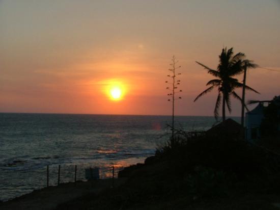 Sunset Resort & Villas Photo