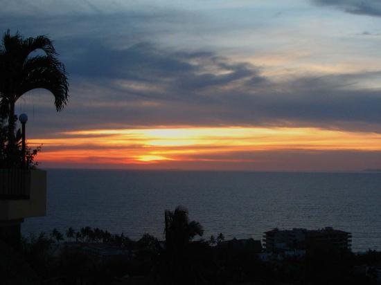 Casa Isabel: Sunset from veranda