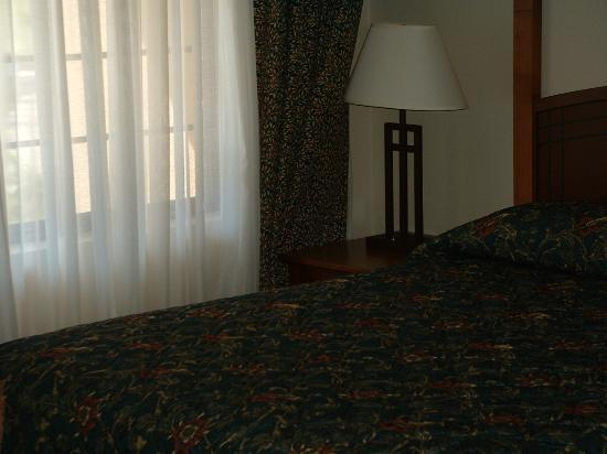 Staybridge Suites San Diego Rancho Bernardo Area: Master Bedroom