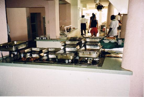 Barbados Beach Club: Another view of the buffet.